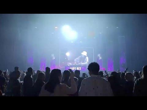 شاهد: سهرات راقصة تجريبية في أمستردام للبحث عن كيفية الخروج من تداعيات وباء كورونا…  - نشر قبل 6 ساعة