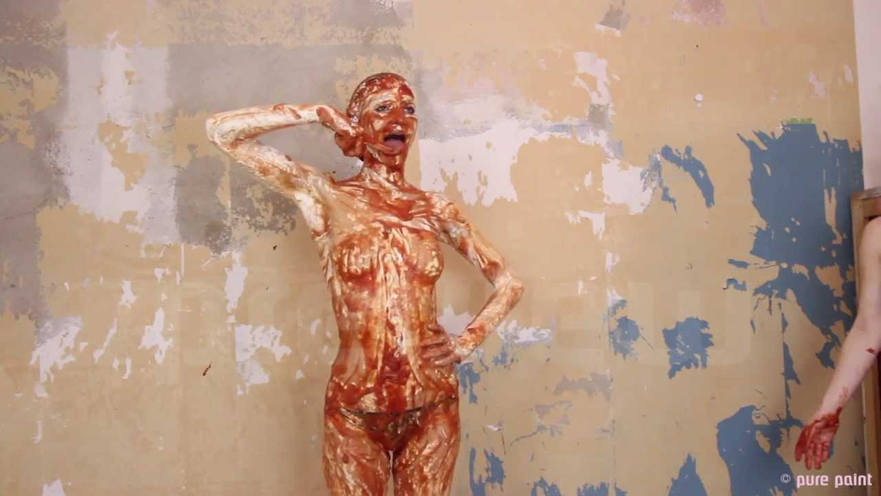Leaders nude girls covered in paint