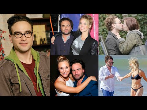 Girls Johnny Galecki Has Dated - (The Big Bang Theory)