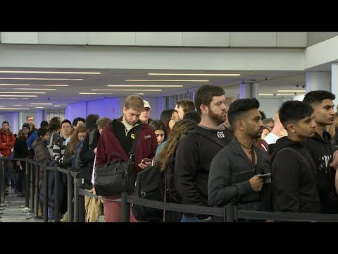 Record 107 million Americans traveling for the holidays