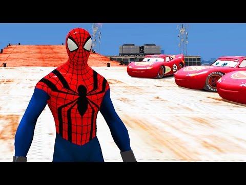 Человек Паук Спайдермен �бра�ывает вертолет � крыши небо�креба и едет на машине Молни� Маквин Тачки