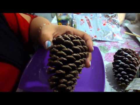 Como hacer botellas decoradas navide as how to make - Adorno navideno con pinas ...