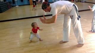 Capoeira Baby Amendoim thumbnail