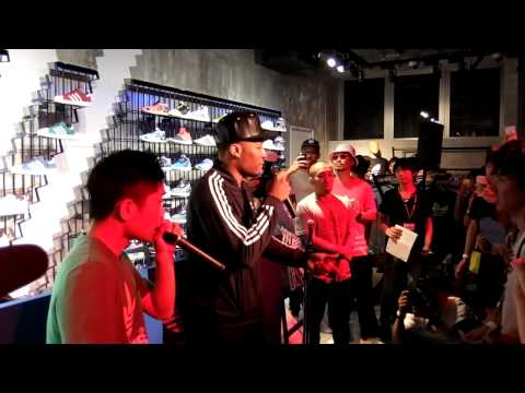 リラード来日 Damian Lillard Rap with AFRA SUPERSTAR NIGHT adidas