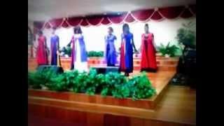 Grateful hezekiah walker praise dance