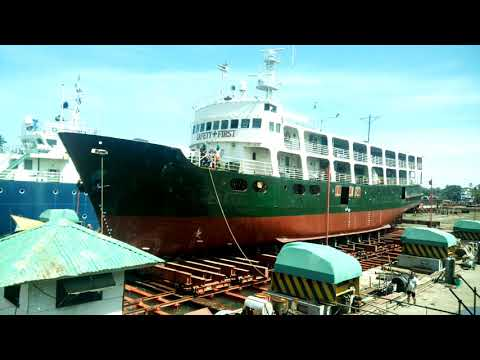 Launching Passenger Cargo Vessel  after dry docking and repairing @ PICMW Jasaan Mis. Oriental