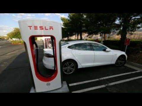 Bankers reportedly debating how to refinance Tesla's debt