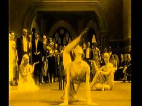 """Cinema Colombiano """"Garras de Oro"""", 1926.Trío Nueva Colombia,2000."""