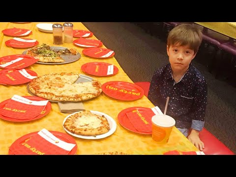 Bull Buzz - Phoenix Suns give VIP treatment to viral pizza party kid!