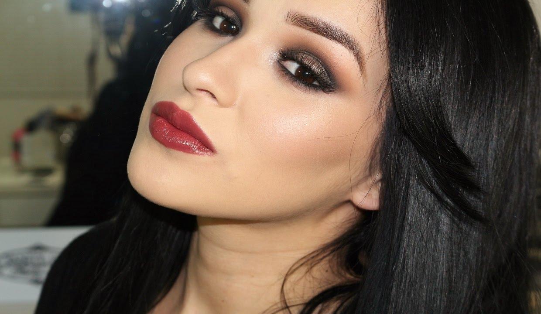 Lips. Perfect Reds; HydraMatte Liquid Lipstick; Glitter Lipstick; MetalMatte Liquid Lipstick; Lipstick; Color Your Smile Lip Gloss; Lip Pencil; Supreme Lip Creme.