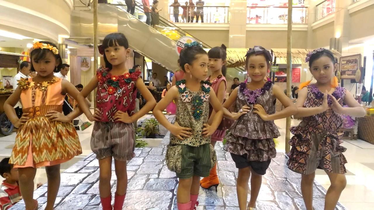 88 Model Baju Batik Casual Anak Untuk Fashion Show Kekinian