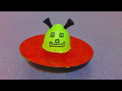 How to make a UFO from an old CD or DVD