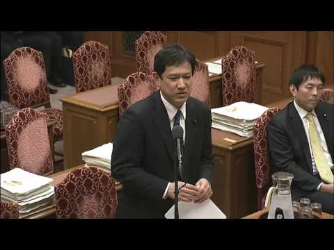 共産・宮本「在日韓国人や宗教上の理由で歌いたくない人もいる」...国歌斉唱を強要するな 道徳教科書を批判