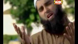 Ilahi Teri Chokhat Per Bhikari Ban Ker Aya Hoon by junaid jamshed -- with lyrics and translation
