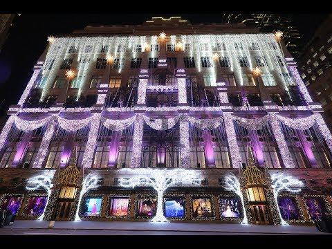 Saks Fifth Avenue X Disney Frozen 2 Holiday Show | Disney Style