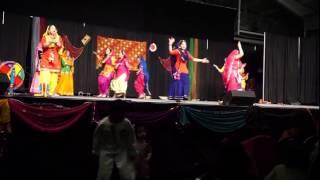 Giddha at the PCAS Punjabi Mela Saskatoon - May 2, 2015