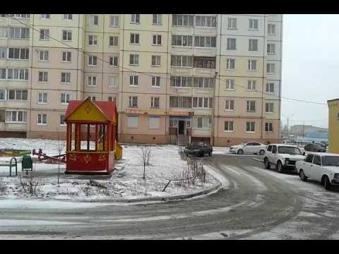 20170419 1-к кв. 30м². ул.Коммунаров, д.127Г, Липецкая обл., г.Елец. Аренда. Двор.