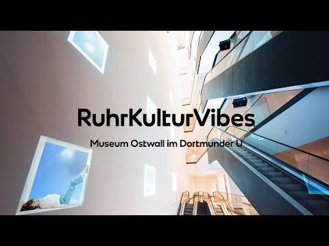 RUHR KULTUR VIBES – Yoga im Museum Ostwall im Dortmunder U
