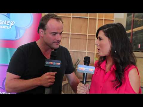 "David Deluise Talks ""Wizards of Waverly Place"" Reunion"