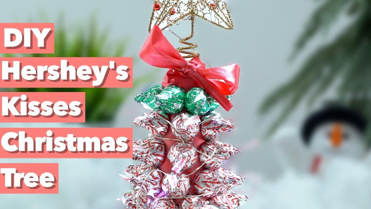 Hershey\'s Kisses Christmas Tree (Cool Christmas DIY) - YouTube