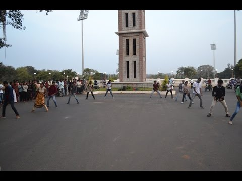 Flash Mob conducted by SFI University of mysore(UoM) as a part of Blood donation campaign