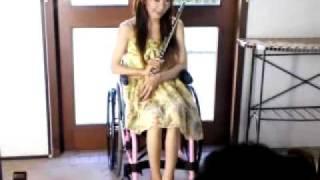 麻生真里 撮影風景 車椅子 Wheelchair 元サンミュージック モデル タレ...