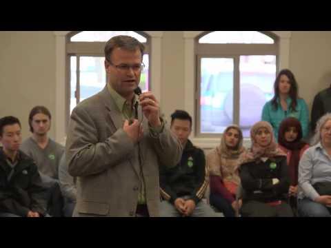 Meeting at Pocatello Mosque regarding mistreatment of international students at ISU
