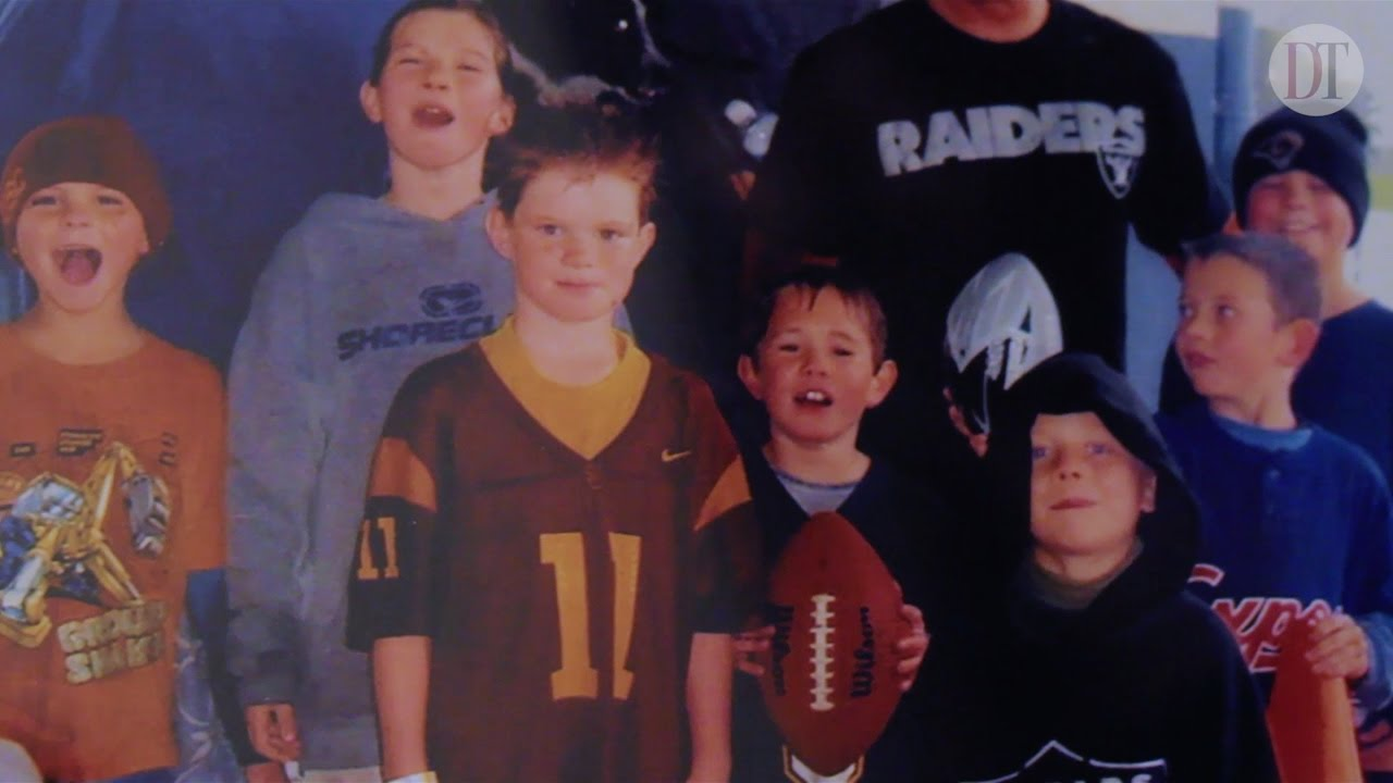hot sales 93140 0e7b2 Living the Dream: How Sam Darnold went from USC fan to ...