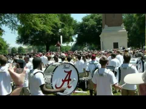 ★Lil Wayne - Right Above It (MARCHING BAND VERSION)★University of Alabama | Weezy Marching Band