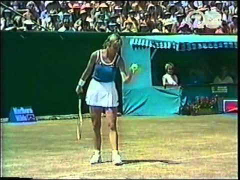 Chris Evert d. Martina Navratilova - 1982 Australian Open F