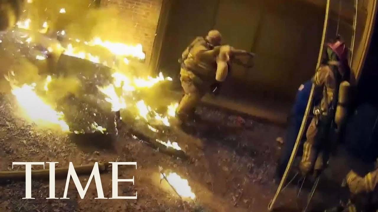 video-shows-firefighter-catching-child-tossed-from-burning-building-in-georgia-time