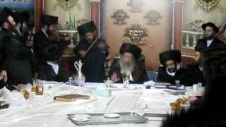Reb Avrohom Goldstien Playing the Violin at the Rebbe's  Succah