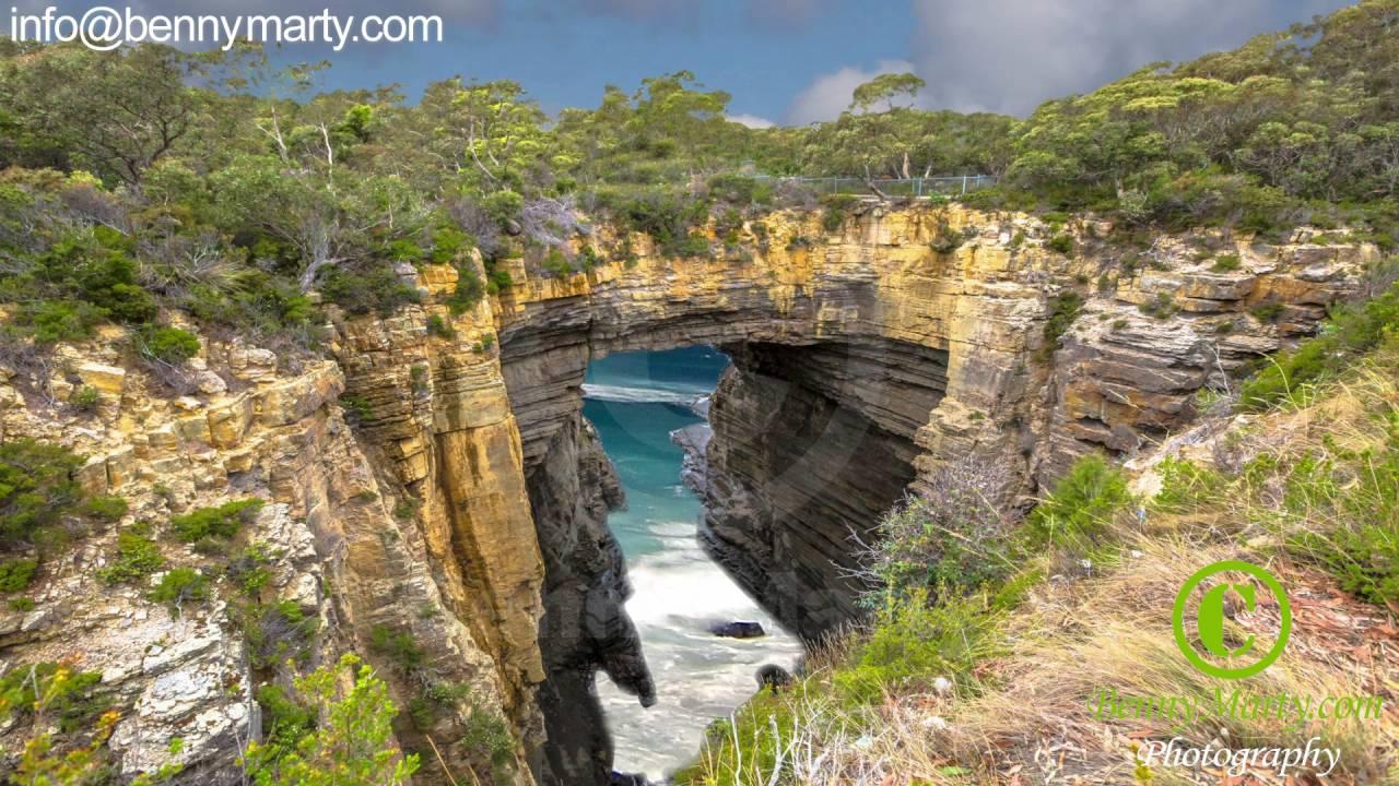 Tasman Arch, Tasman National Park, Tasmania, Australia Stock Photo ...