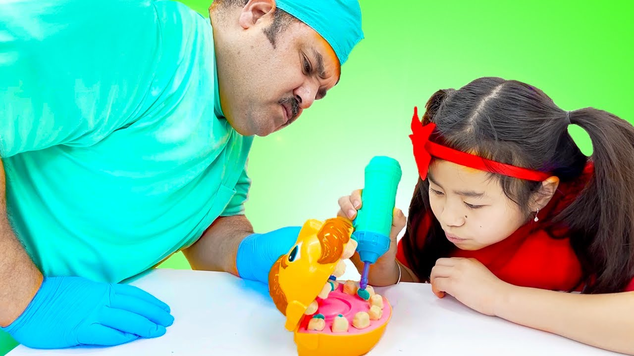 Jannie Pretend Play Going to the Dentist