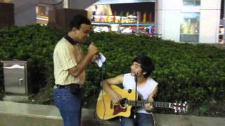 Indian man got applauded for singing Chinese song