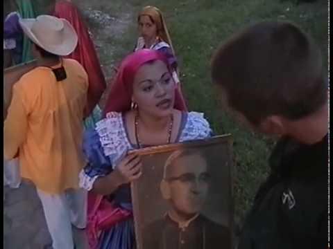 Entrevista con una  bailarina de folklore, San Salvador, El Salvador