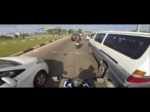 Daily Observations #3 on a Suzuki GSXR 1000 K8 in Sri Lanka - 1st of January 2016