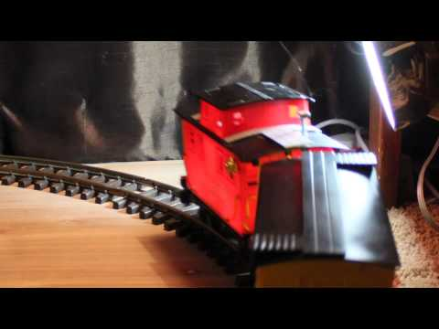 MODEL TRAIN SET WITH PUFFING SMOKE FOR SALE