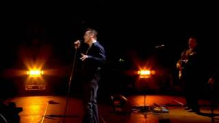 Morrissey - Let Me Kiss You (live in Manchester) 2005 [HD]