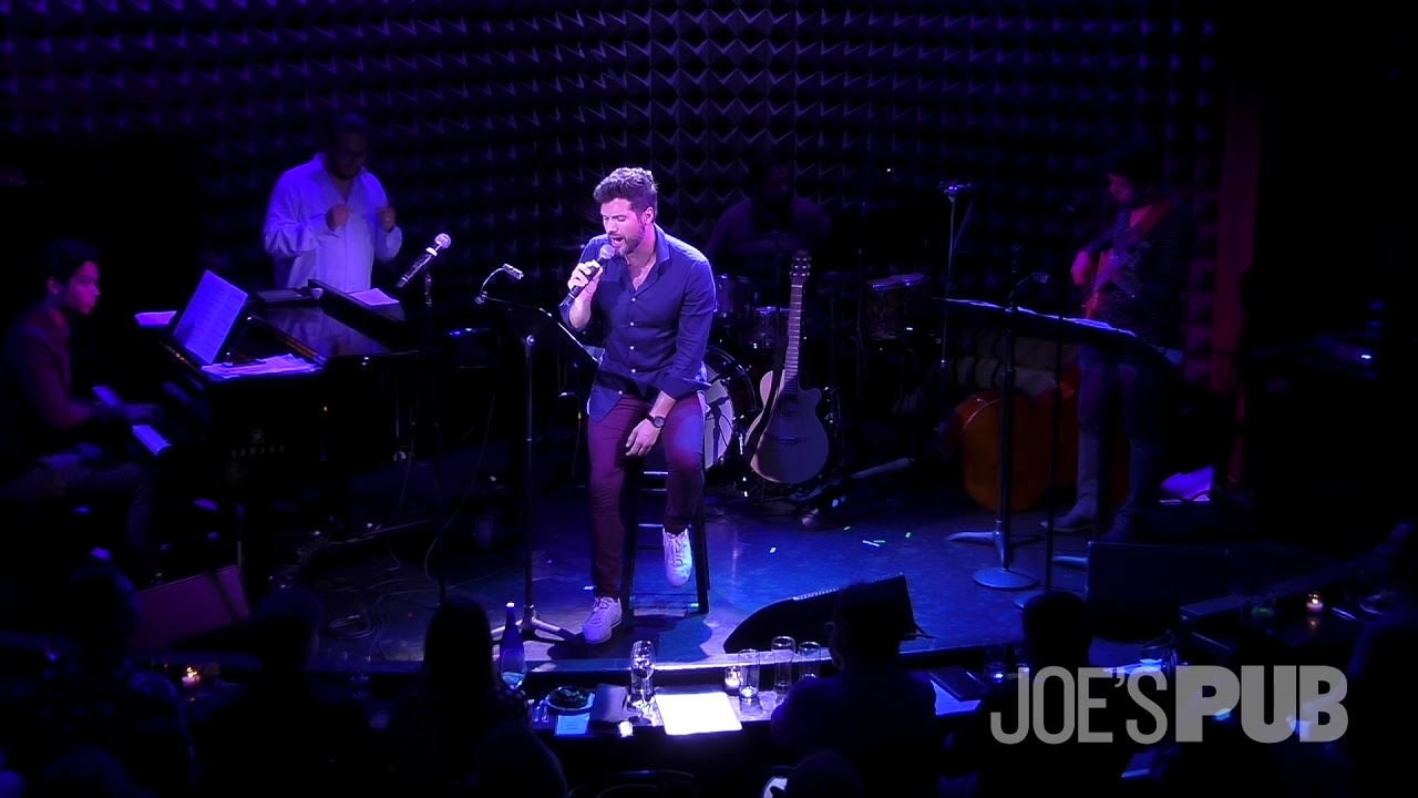 Mauricio Martínez performs Dreamer live at Joe's Pub