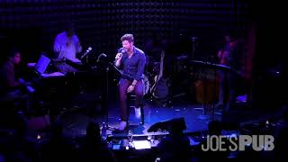 Mauricio Martínez performs Dreamer live at Joe's Pub