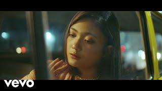Download Marion Jola - Menangis Tanpa Air Mata (Official Music Video)