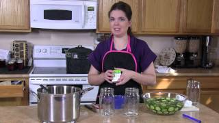 How to Can Crunchy Dill Pickles : Canning Ideas