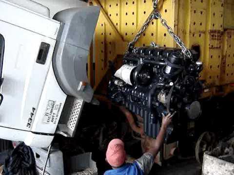 Colocando Motor Axor 3344 Canavieiro Youtube