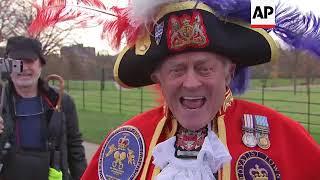 Town Crier announces royal engagement, commentator
