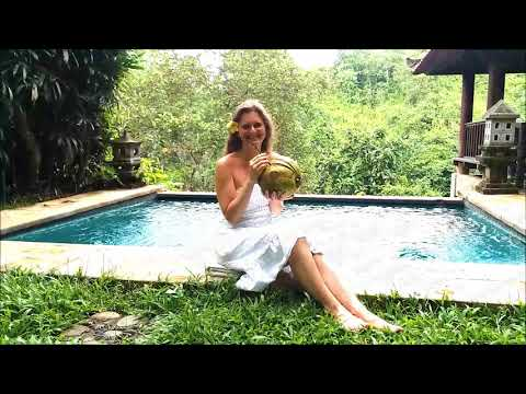A Smile from Bali (Recording the new CD Paradise Alignment) Karin Leitner & Michael Hammer