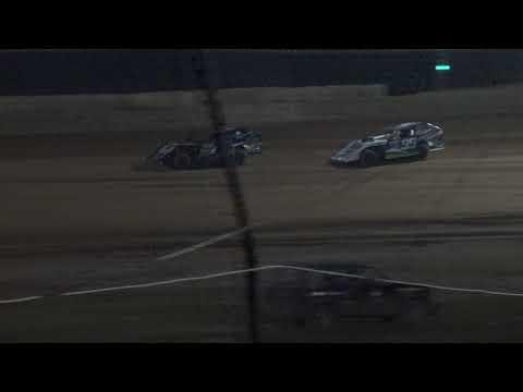 Moler Raceway Park   8/24/18   Ike Moler Memorial   Matts Graphics UMP Modifieds   Heat 2