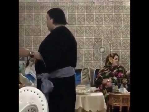 جنس ثلاث من اصلا مغربي يرقص 😱😱😂😂 thumbnail