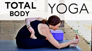 20 Minute Happy Holidays Total Body Yoga Workout With Fightmaster Yoga