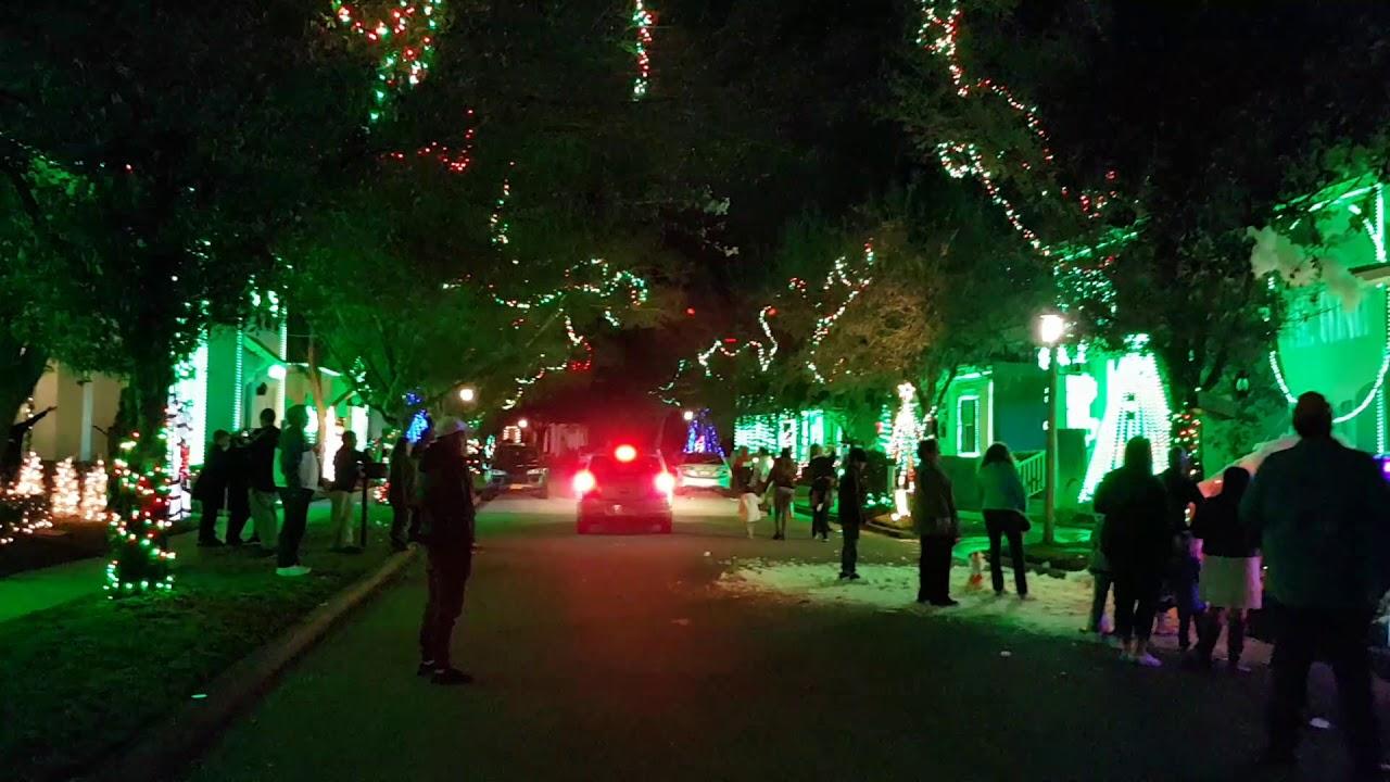 2018 Jeater Bend Christmas Lights In Celebration Florida Video 4